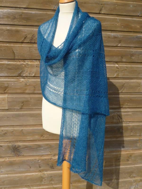Etole mariage bleu canard etole femme en laine mohair et soie - Bleu canard avec quelle couleur vetement ...