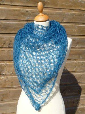 foulard tricoté en laine mohair et soie coloris bleu canard