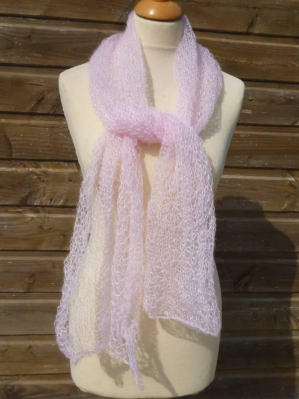 Echarpe en laine mohair et soie Feuille rose poudré