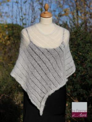 Poncho laine mohair de la Ferme d'Auré coloris écru