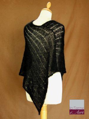 Poncho laine mohair et soie noir tricot main vue de dos