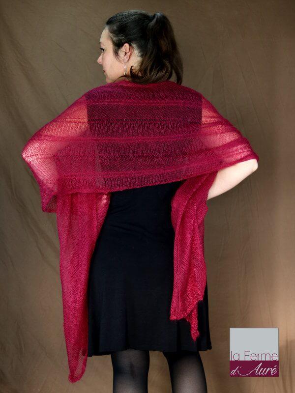 Etole tricot mariage bourgogne mohair et soie vue de dos