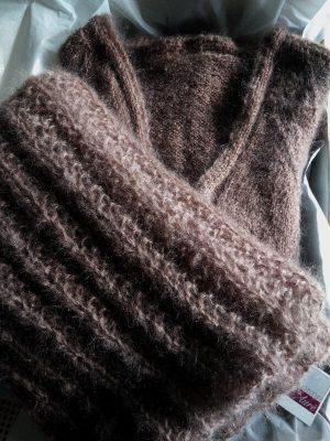 Gilet cardigan long laine mohair fait main sur mesure