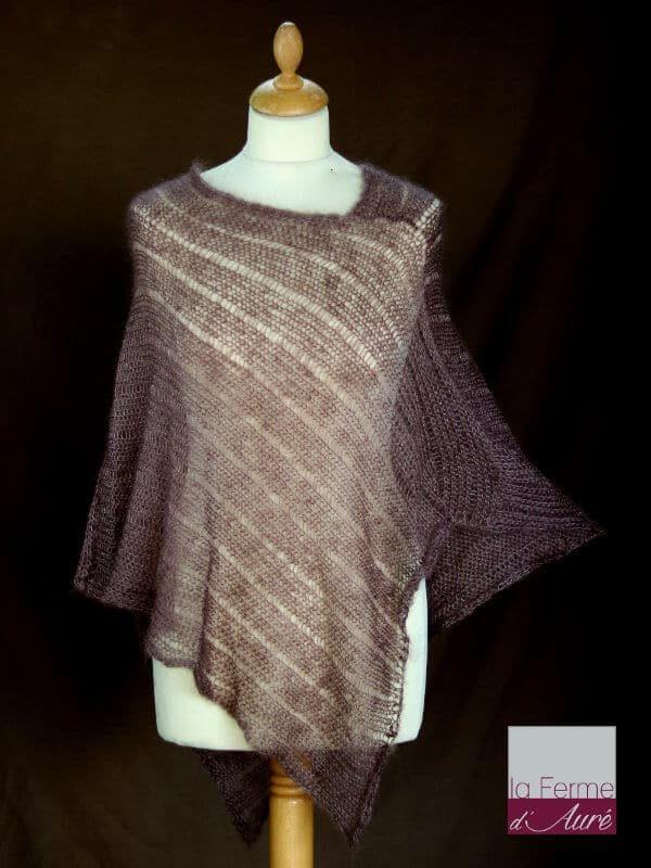 Poncho laine mohair et soie marron bison tricot main vue de face
