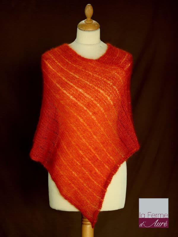 Poncho laine mohair et soie fait main orange cuivré vue de face