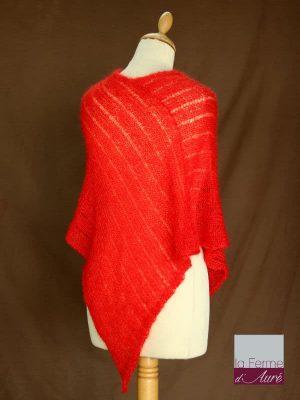 Poncho laine mohair et soie rouge ecarlate tricot main vue de dos