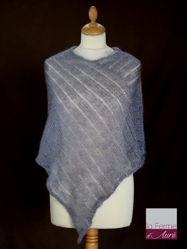 Poncho laine mohair et soie gris hibou tricot main vue de face