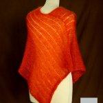 Poncho laine mohair et soie fait main orange cuivré vue de dos