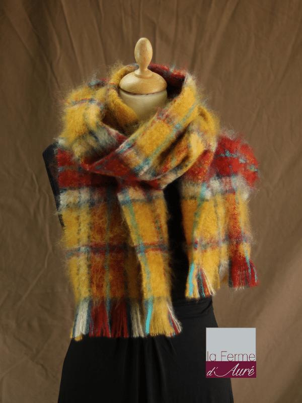 908edba4b22bb Grande écharpe laine mohair carreaux - Mohair Ferme d'Auré. Grande écharpe  laine mohair carreaux - Mohair Ferme d'Auré