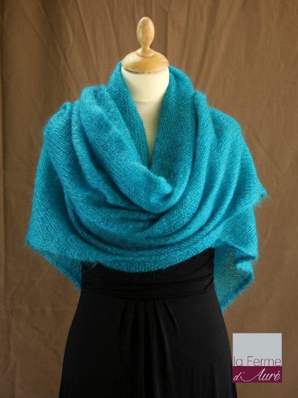 chale femme laine mohair bleu lagon par la Ferme d'Auré - Chale en laine mohair