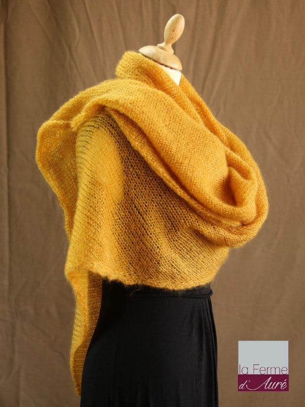 chale femme laine mohair & soie jaune moutarde par la Ferme d'Auré - Chale tricot en laine mohair