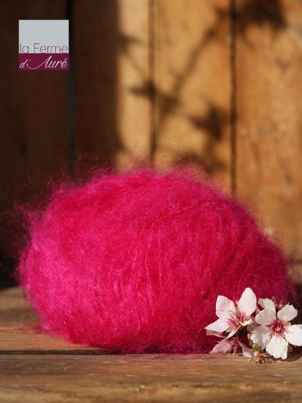 Pelote de laine pur mohair rose fushia - Mohair de la Ferme d'Auré