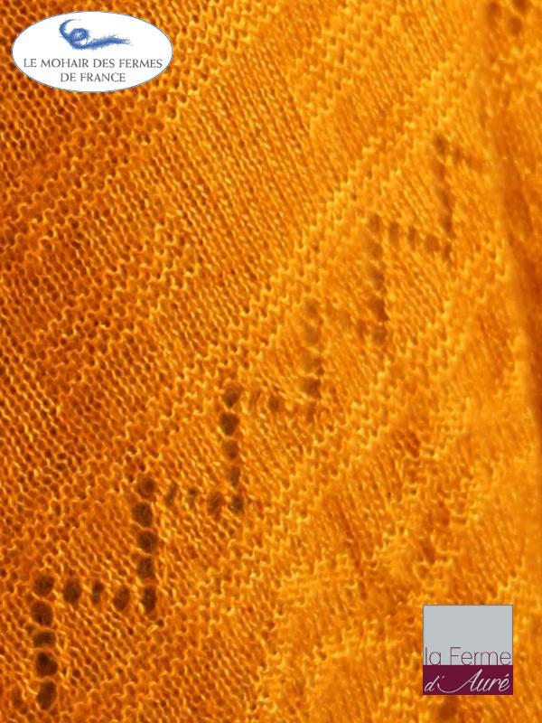 Poncho-femme-laine-mohair-ferme-aure-jaune-5