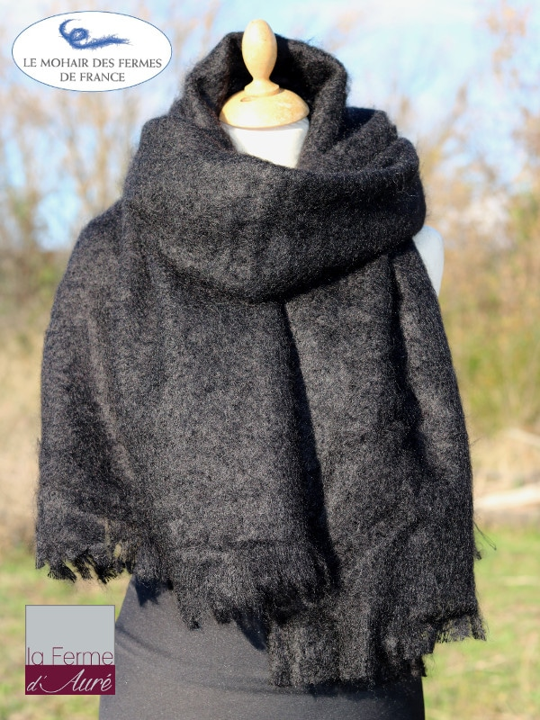 etole-femme-echarpe-mohair-noir-2