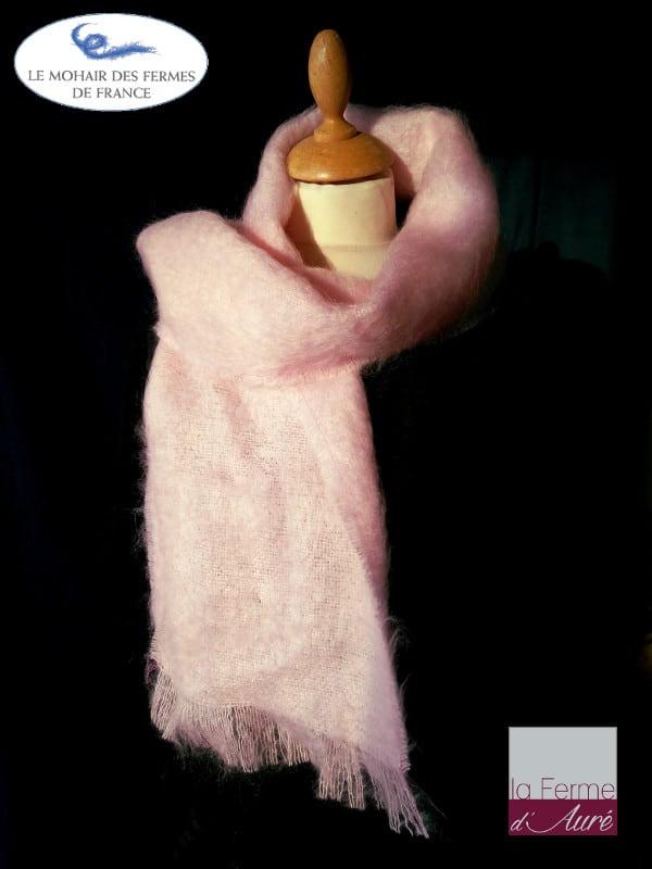 Echarpe laine mohair et soie rose poudré par la ferme d'Auré